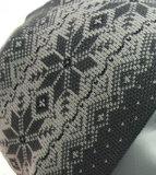 herenmuts acryl grijs