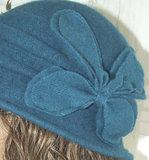 dames hoed wollen hoed bloem