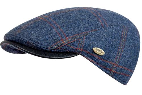 Warme wollen winterpet van Fiebig met ruit kleur blauw
