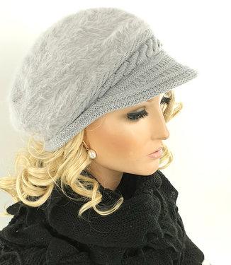 Warme fluffy dames winterpet baret met klepje kleur lichtgrijs maat one size