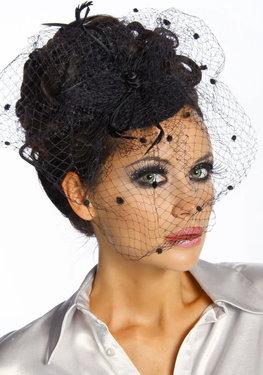 Haarversiering fascinator zwart met tule sluiertje