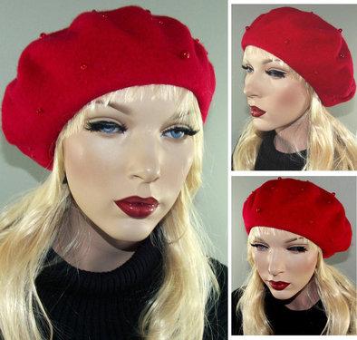 Franse wolmerk baret kleur rood met parels