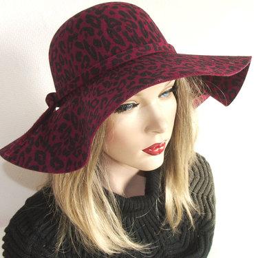 Trendy dames Flaphoed kleur Bordeaux luipaard print