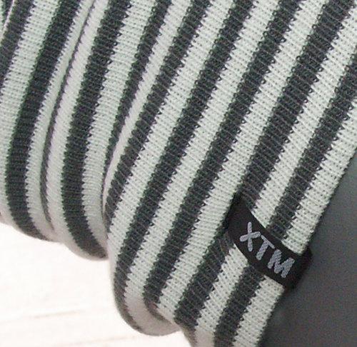 Dubbel gebreide longbeanie van acryl grijs met wit gestreept