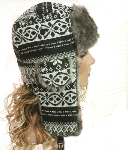 Pilotenmuts bontmuts met oorflappen aztec print zwart wit