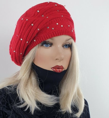 Dubbel gebreide wintermuts baret met strass stenen kleur rood maat one size