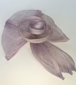 fascinator lila